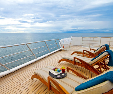 Ocean-Spray-sundeck2
