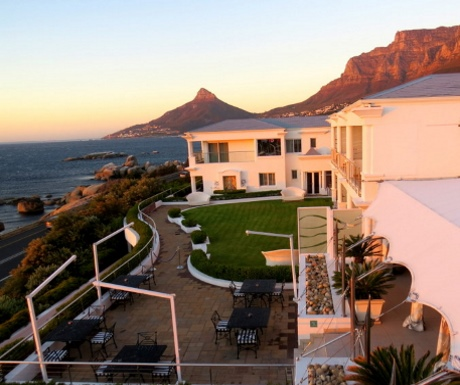 Sunset at 12 Apostles Hotel