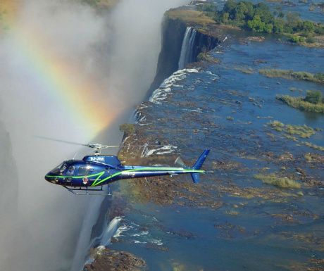 helicopter-over-victoria-falls