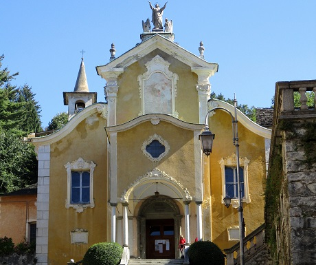 Get me to the church in time, Santa Maria Assunta, Orta, Italy